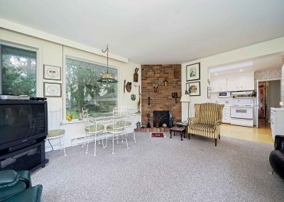189 FORESTWOOD DRIVE OAKVILLE - Sunroom-(3)