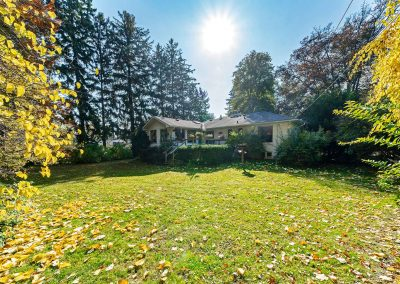 189 FORESTWOOD DRIVE OAKVILLE - Yard-(3)
